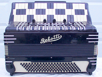 reuther_accordion